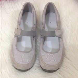 Dansko Women's Light Grey Sneakers Shoes 9